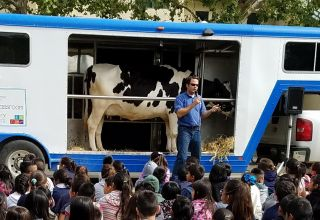How to Bring the Dairy to the Classroom & Educate Students